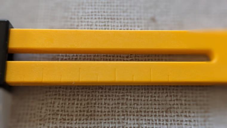 オルファのコンパスカッターのメモリ